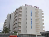 La Zenia Hotel Close up